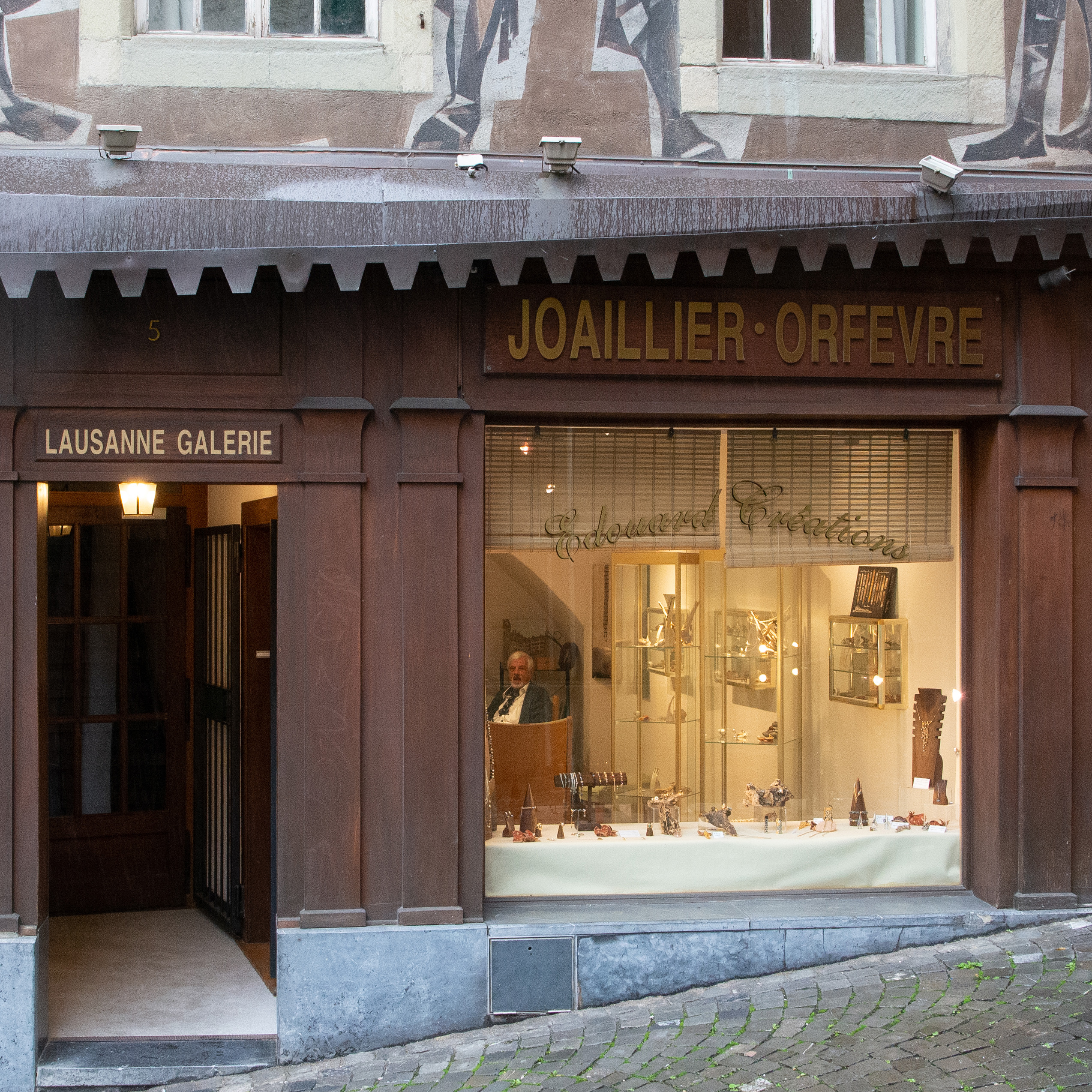 Lausanne_Galerie_1[1]